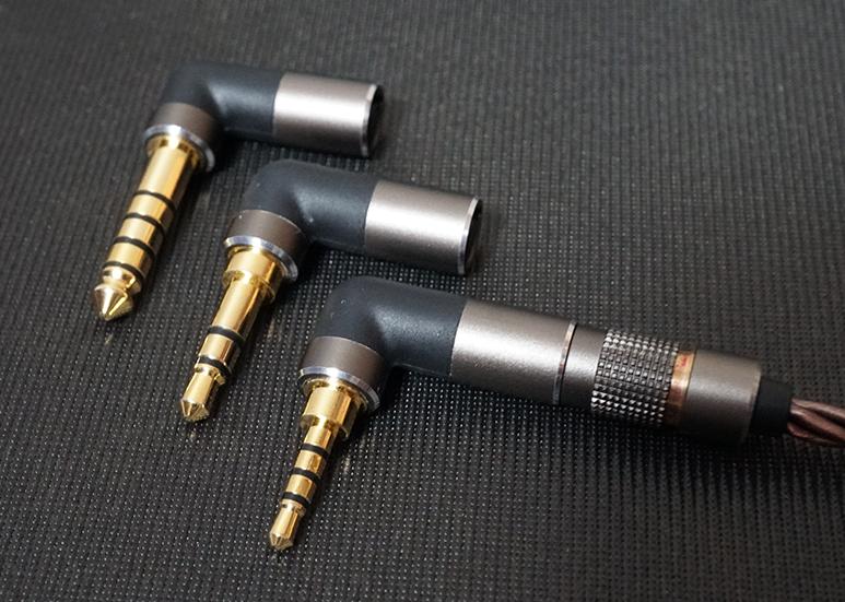 DUNU's Switchable Connectors